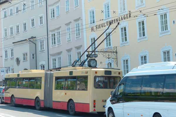 contrôle circulation couloir de bus